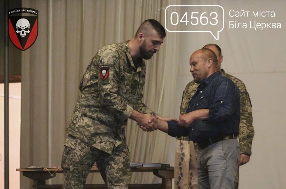 Закарпатська делегація вручила нагороди військовим 72-ї ОМБр імені Чорних Запорожців, фото-2