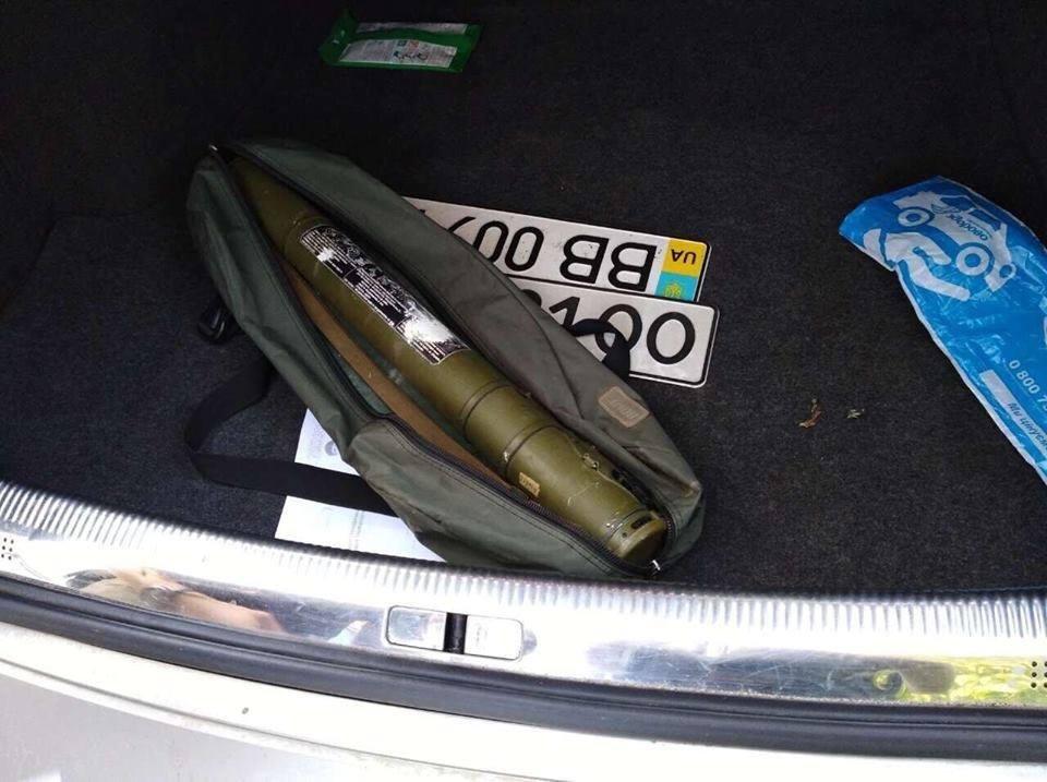 У банди, що полювала на елітні автомобілі виявили гранотомети «РПГ-18»