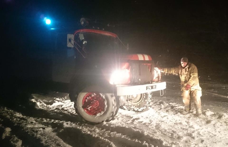 Снігова пастка: через негоду траса Київ-Одеса заблокована