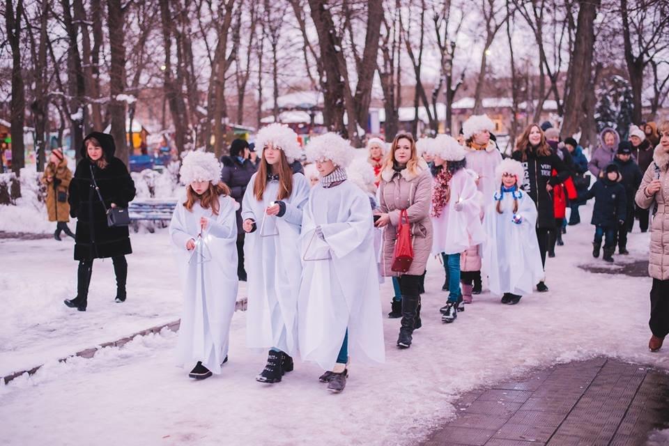 У Білій Церкві засяяла головна новорічна ялинка, фото-15