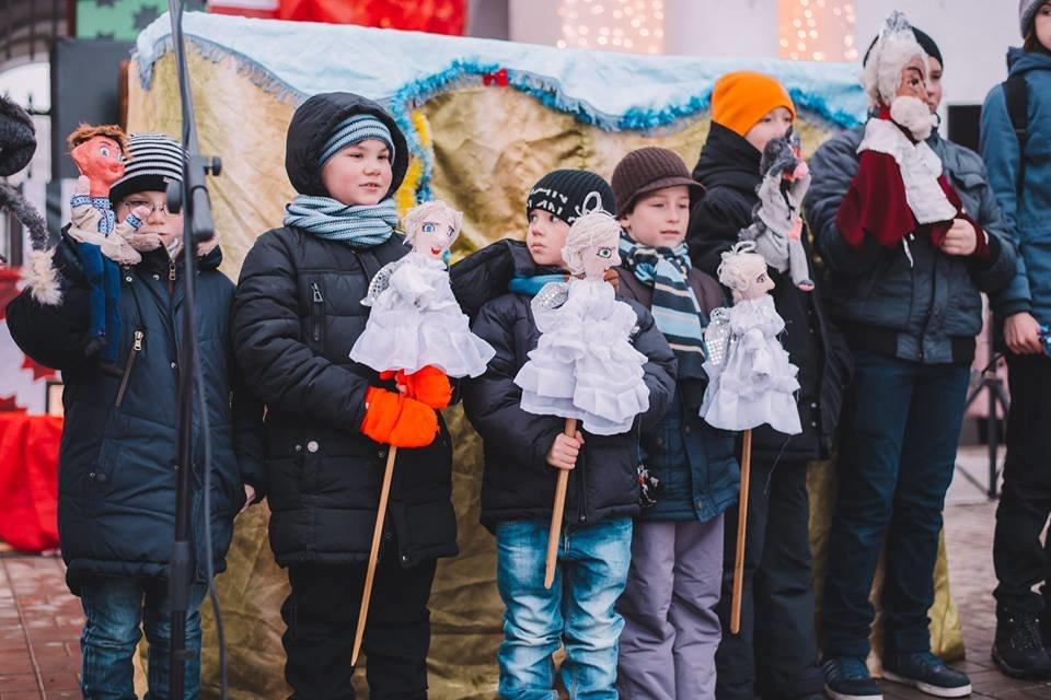 У Білій Церкві засяяла головна новорічна ялинка, фото-9
