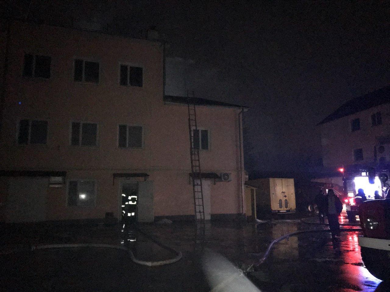 Нічна пожежа у Білій Церкві: горіло виробниче приміщення ФОП «Дригало»