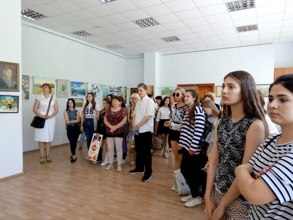 У Білій Церкві відкрилась виставка картин, присвячена Дню перемоги над нацизмом у Другій світовій війні