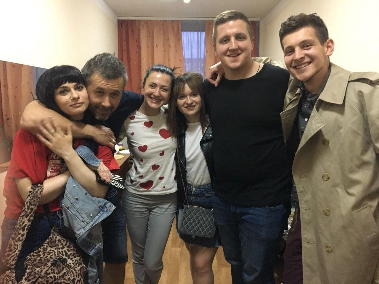 Сергій Бабкін завітав у гості до переможниці Голосу країни-8 Олени Луценко, фото-4