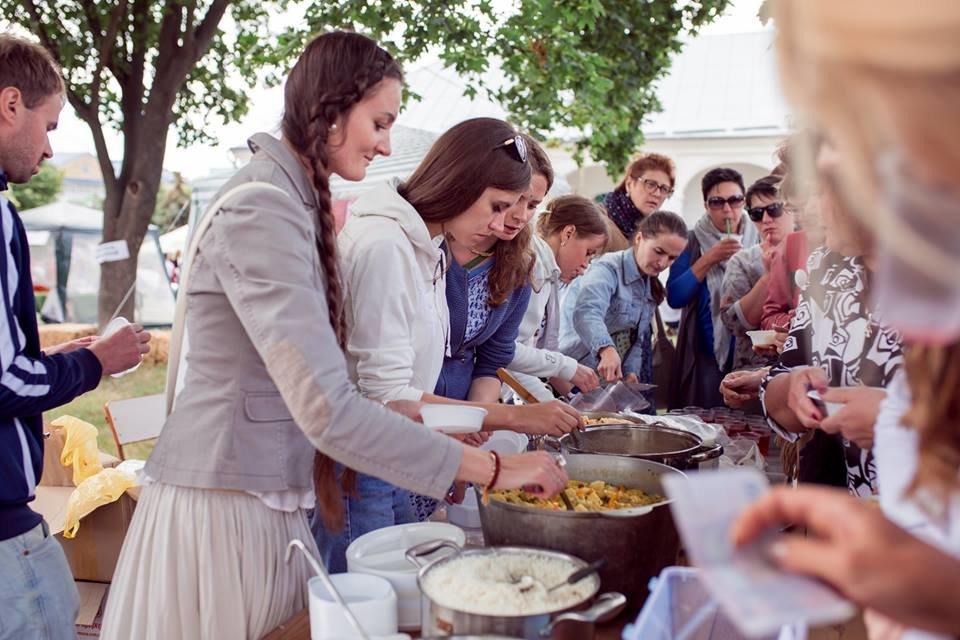 У Білій Церкві яскраво відзначили День молоді та День йоги, фото-20
