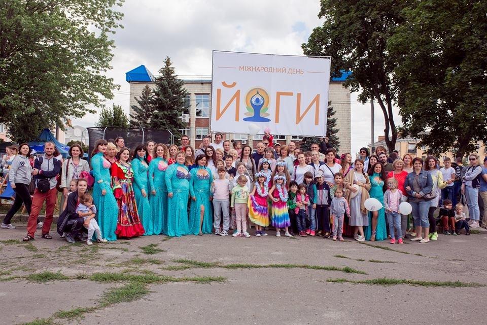 У Білій Церкві яскраво відзначили День молоді та День йоги, фото-16