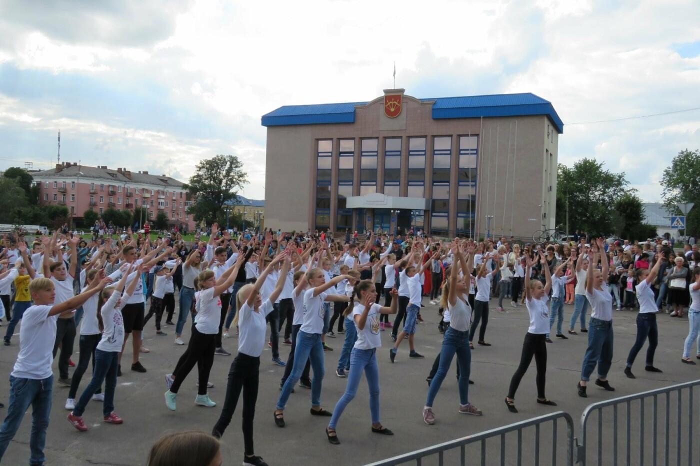 У Білій Церкві яскраво відзначили День молоді та День йоги, фото-10