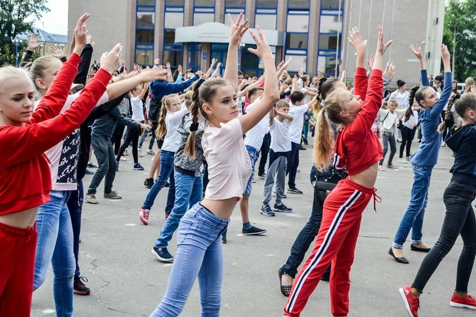 У Білій Церкві яскраво відзначили День молоді та День йоги, фото-1