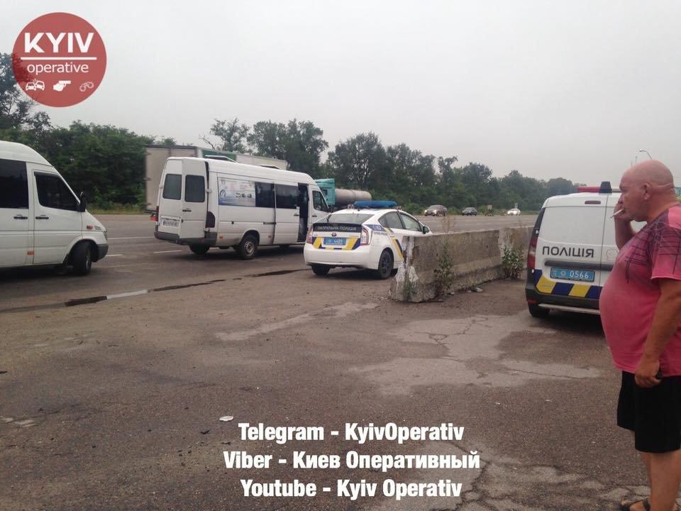 На трасі поліцейські зупинили п'яного водія маршрутки Біла Церква-Київ, фото-4