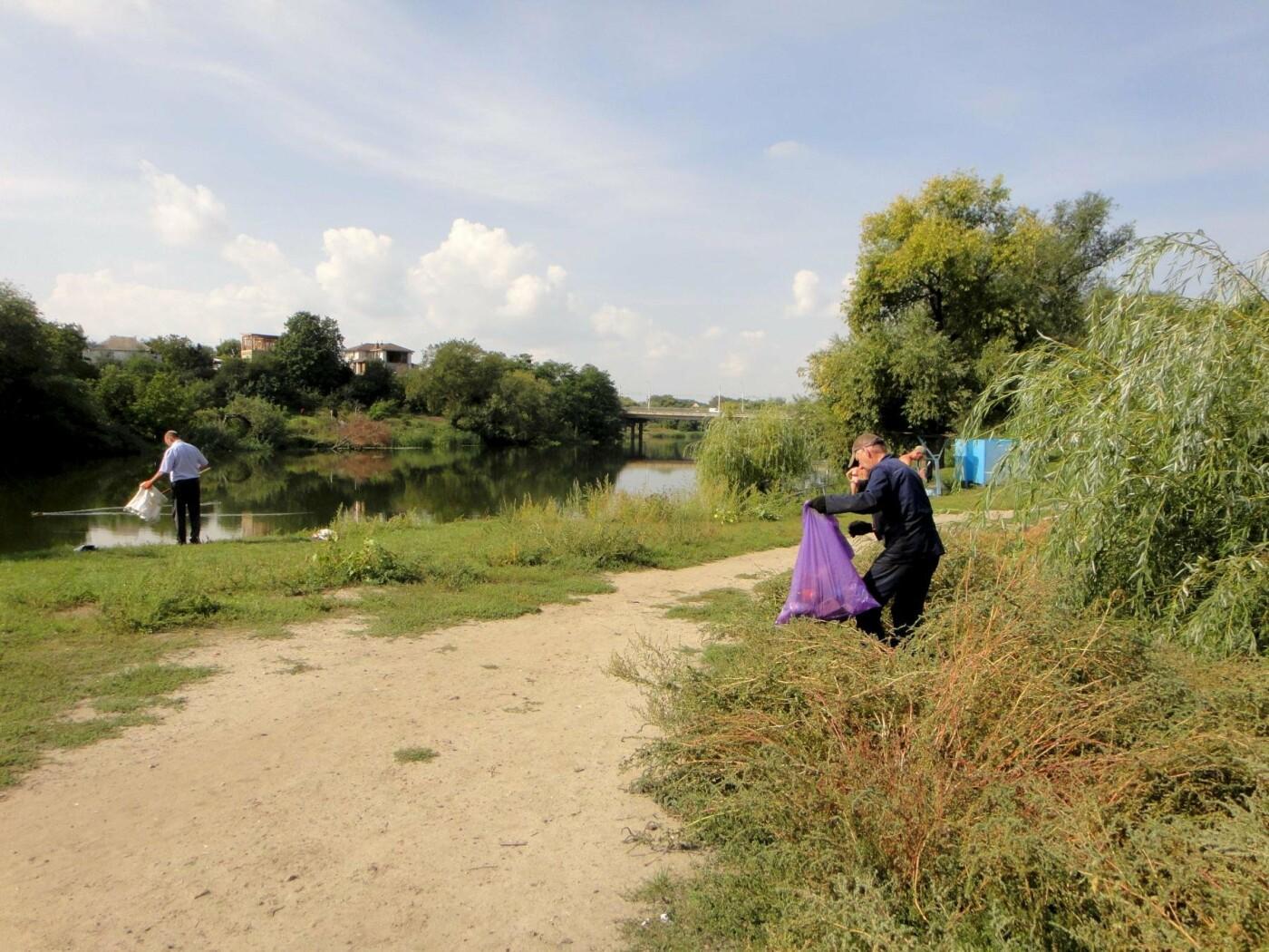 До Дня чистих берегів білоцерківці прибрали беріг річки Рось, фото-2