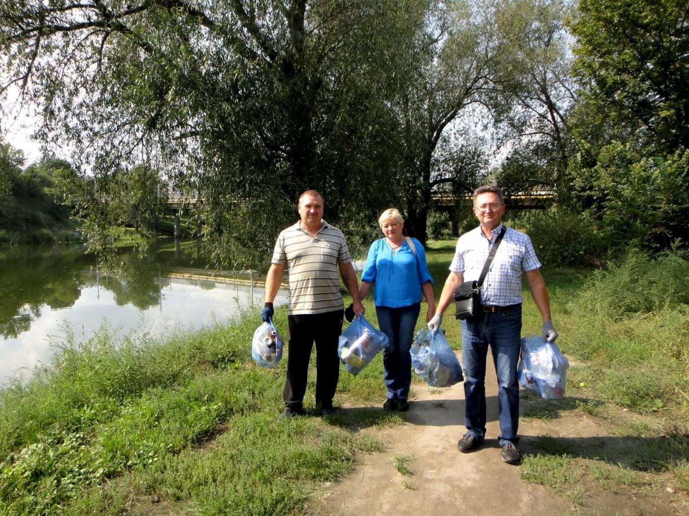 До Дня чистих берегів білоцерківці прибрали беріг річки Рось, фото-4