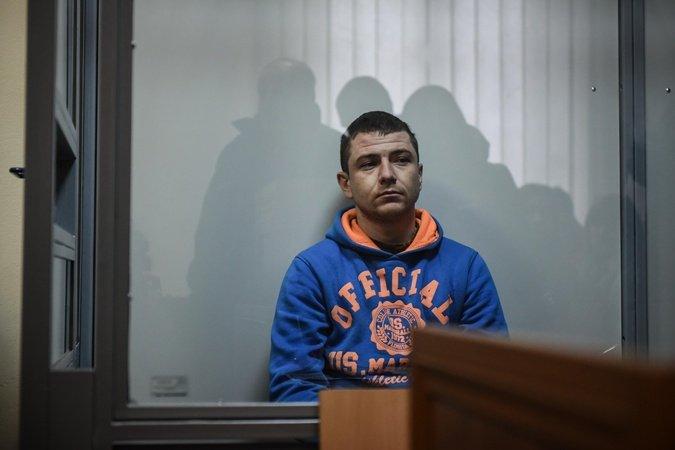 Суд виніс вирок військовослужбовцю 72-ї ОМБр Дмитру Балабусі, який зарізав чоловіка  на зупинці , фото-1