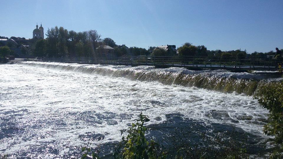 На Білоцерківщині розпочалася осіння промивка водосховищ на річці Рось  , фото-1
