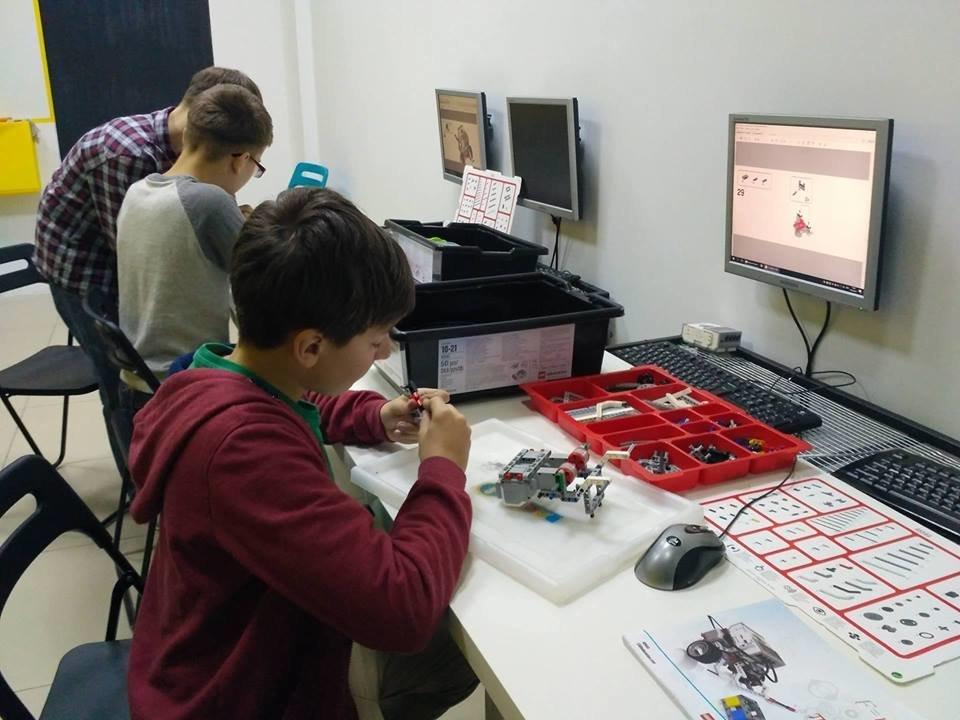 Створення гуртка робототехніки