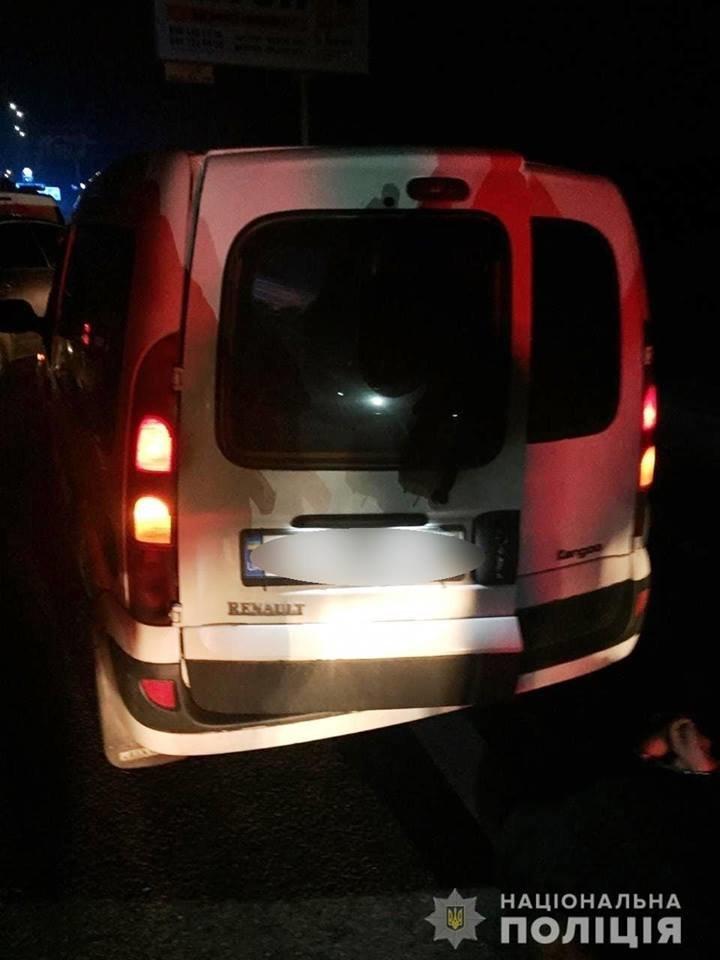 Черговий підпал: у Білій Церкві затримали групу зловмисників, які підпалили «Lexus», фото-1
