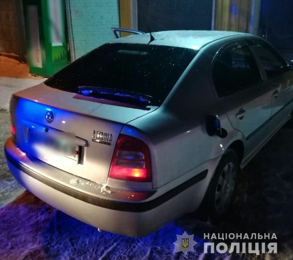 У Білій Церкві 22-річний хлопець викрав автомобіль прямо із автозаправки, фото-1