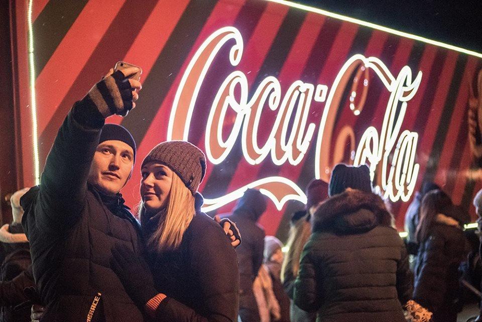 """До Білої Церкви приїжджала новорічна вантажівка """"Coca-Cola"""" (ФОТОЗВІТ), фото-17"""