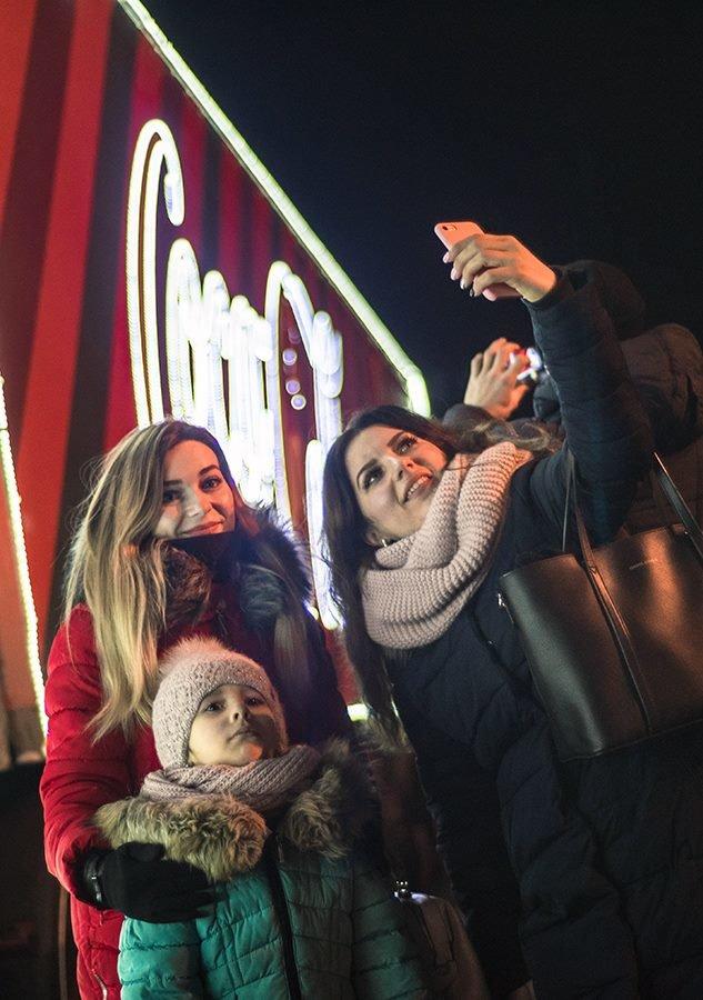 """До Білої Церкви приїжджала новорічна вантажівка """"Coca-Cola"""" (ФОТОЗВІТ), фото-18"""