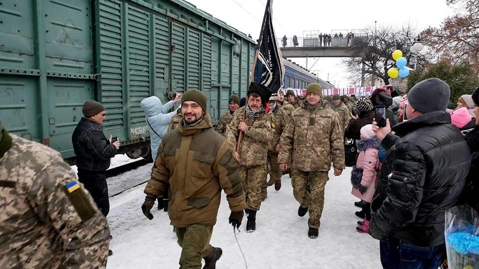 У Білій Церкві зустрічають військовослужбовців 72 ОМБр ім. Чорних Запорожців, фото-1