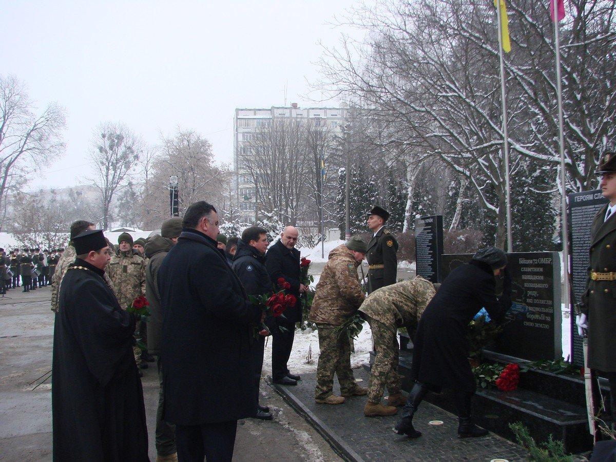 Біла Церква зустріла бійців 72-ї бригади ім. Чорних Запорожців: як це було - у фото, фото-16