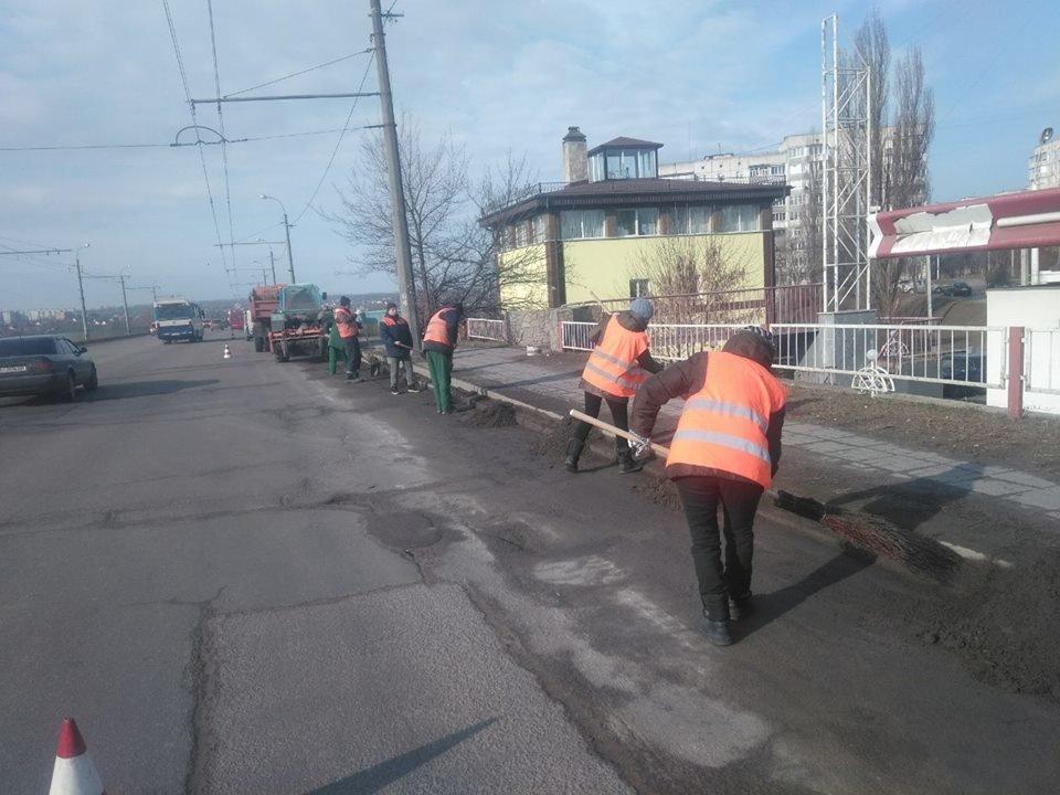 Білоцерківські комунальники розпочали генеральне прибирання міста, фото-3