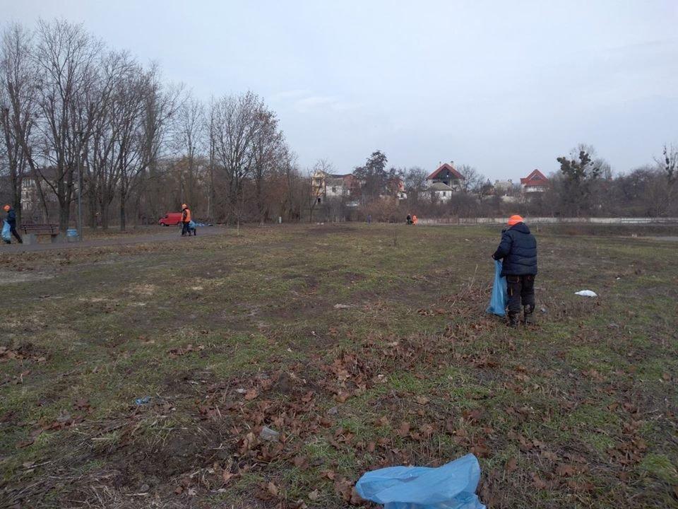 Білоцерківські комунальники розпочали генеральне прибирання міста, фото-7