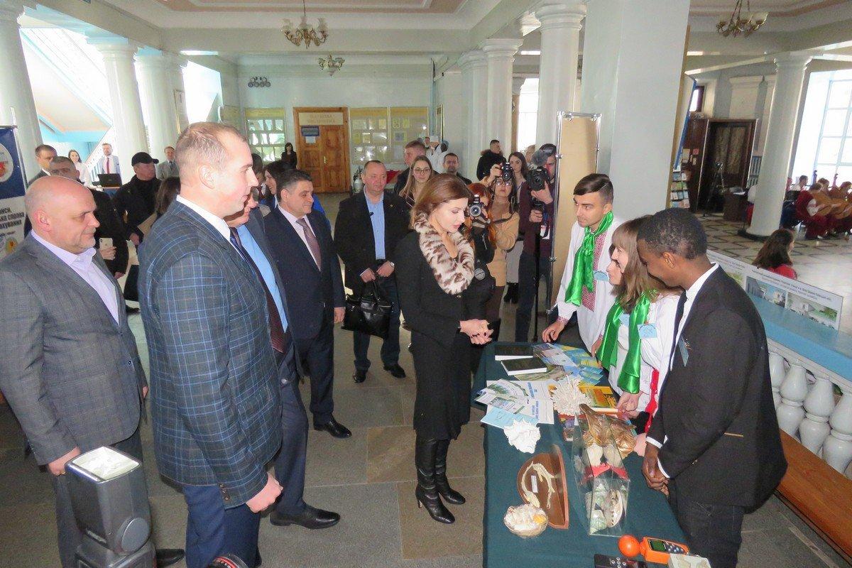 У Білу Церкву з робочим візитом приїжджала дружина Президента України Марина Порошенко, фото-10