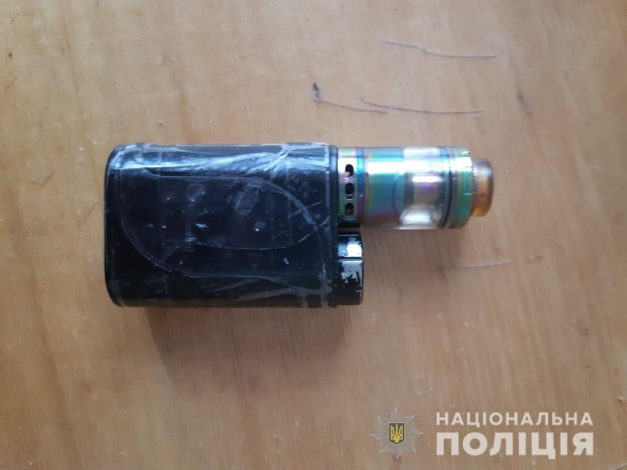 На Білоцерківщині затримали 18-річного хлопця, який побив та пограбував підлітка, фото-2