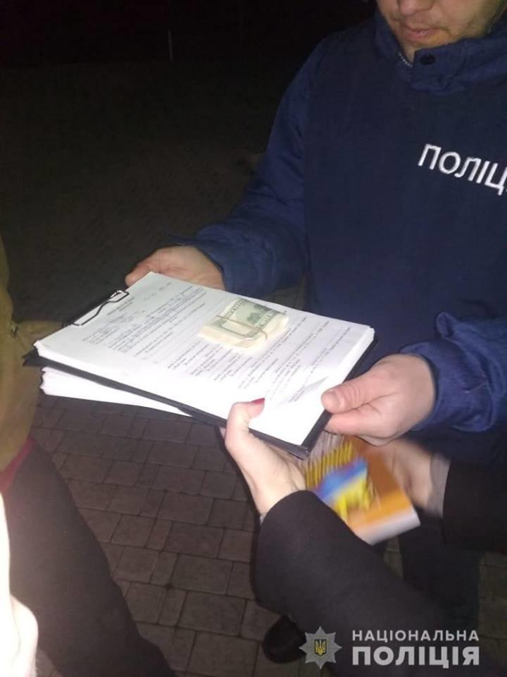 У Білій Церкві затримали військовослужбовця на хабарі у 3 тисячі доларів, фото-2