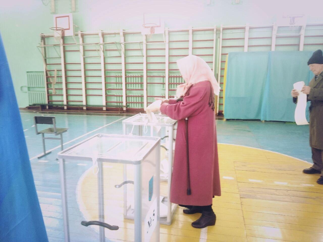 У Білій Церкві виборець проголосував за пенсійним посвідченням, фото-1