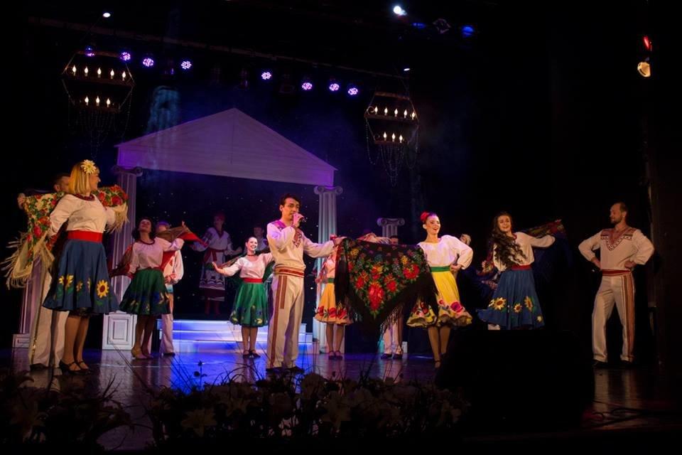 Театр ім. Саксаганського відсвяткував 85-річний ювілей, фото-1