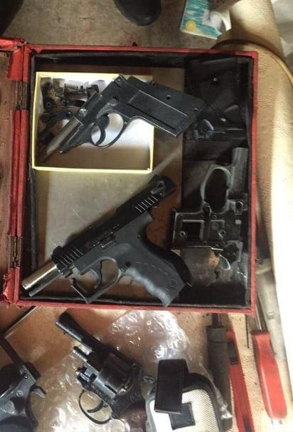 У жителя Білої Церкви вилучили цілий арсенал зброї: 7 пістолетів та патрони до них, фото-1
