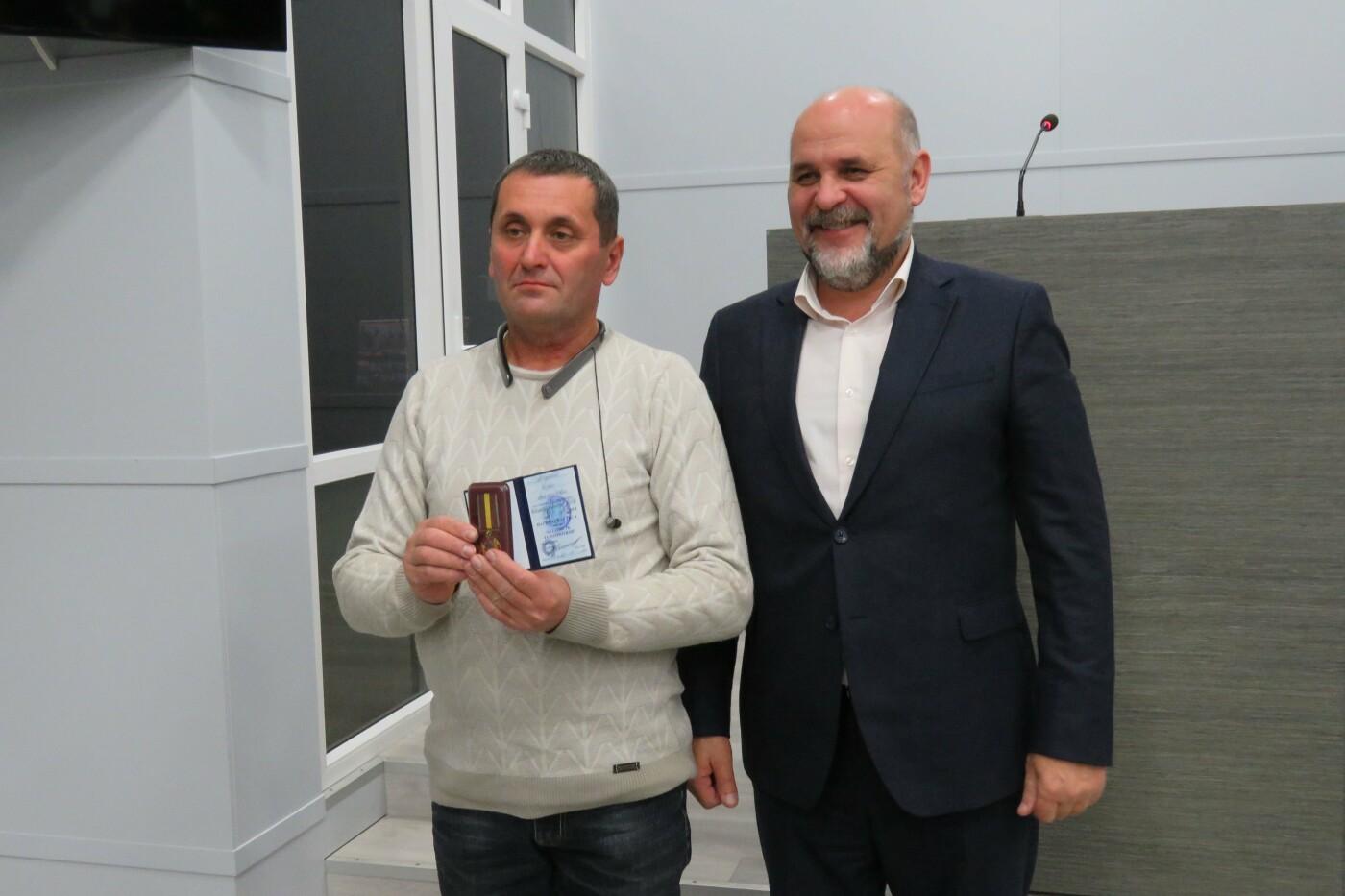 Відбулося нагородження «батальйону небайдужих», фото-4