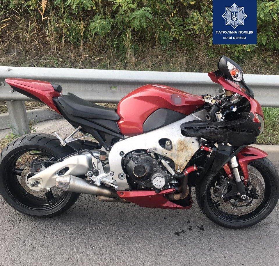 Білоцерківські патрульні виявили мотоцикл, що було викрадено в Італії ще у 2013 році, фото-1